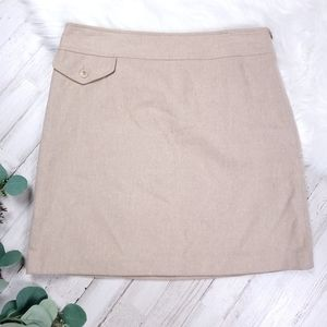 Sz 4 Banana Republic Khaki colored Skirt